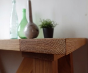 Oak kitchen and side tables
